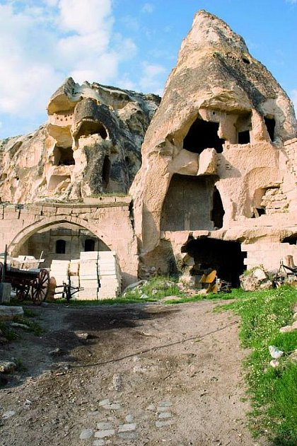 Jeskynní hotel