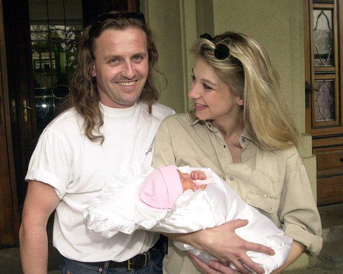 Sabina Laurinová rockerovi porodila jedinou dceru Valentýnku.