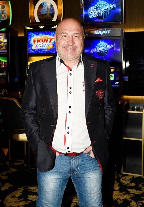 Zpěvák Michal David nedávno oslavil narozeniny.