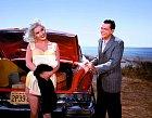 Muži zní byli paf. ITom Ewell vkomedii The Girl Can´t Help It (1956).