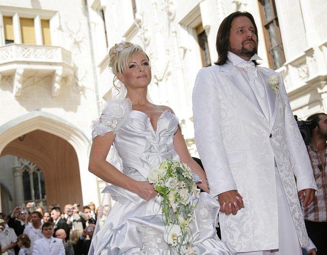 Svatba s Jiřím Pomeje vydržela dva roky.