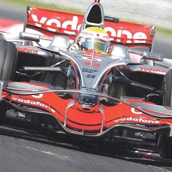 Na Hungaroringu Hamiltonovi útok na další triumf nevyšel.