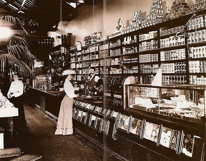 """Takto vypadal """"supermarket"""" na konci 19. století."""