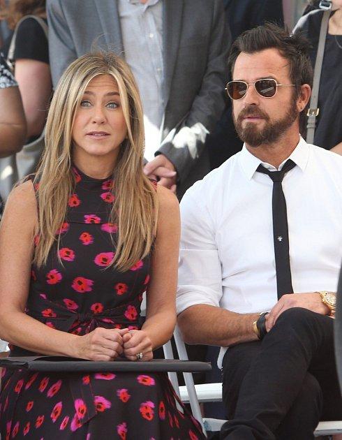 Jennifer Aniston a její manžel Justin Theroux