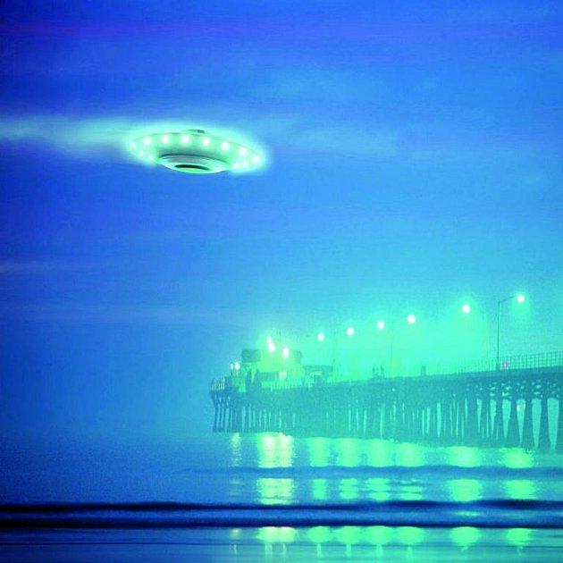 Přístav a nad ním létající talíř. Vypadalo to takhle v roce 1967 v Shag Harbour?