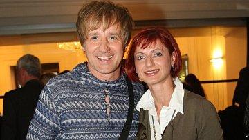 Petr Kotvald s manželkou