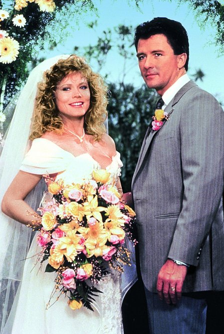 VDallasu se vdala zaBobbyho Ewinga.