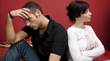 Přelom roku je pro každý vztah zatěžkávací zkouškou. Některý ji neustojí.