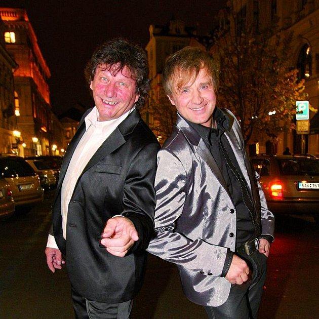 Petr Kotvald a Stanislav Hložek se před časem po letech dali znovu dohromady.