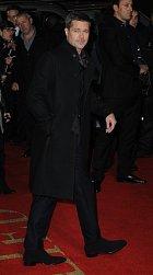 Brad Pitt je stále fešák.