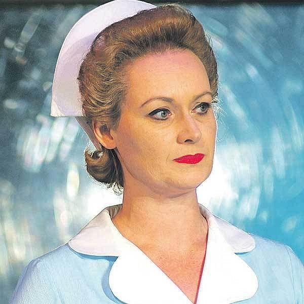 Zuzana Slavíková hraje hlavní ženskou roli Velkou sestru.