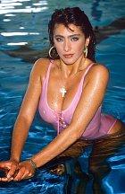 Sabrina na počátku kariéry vsadila na nahotu, ale pak se jí to začalo zajídat.