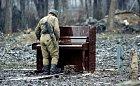 Rok 1994, ruský voják našel opuštěné piano.