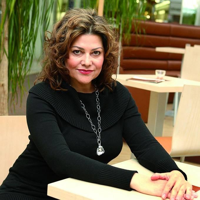 Ilona Csáková sklízí kritiku.