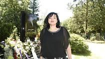 Po návratu do Čech bydlela Dominika u své tehdejší kamarádky Šárky Rezkové.