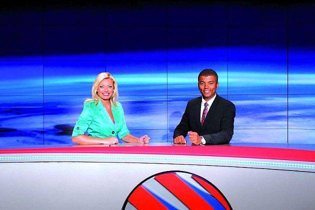 Oblíbená moderátorská dvojice Lucie Borhyová a Rey Koranteng