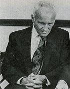 Šéfem projektu MK Ultra byl Sidney Gottlieb.