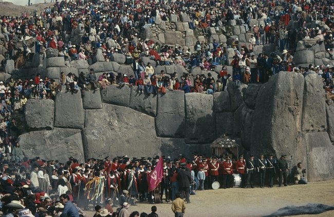 Rozměry kamenných kvádrů berou dech, stejně tak jejich dokonalé opracování.
