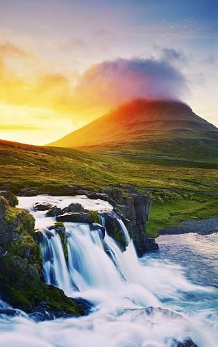 Nenapodobitelná krajina na Islandu