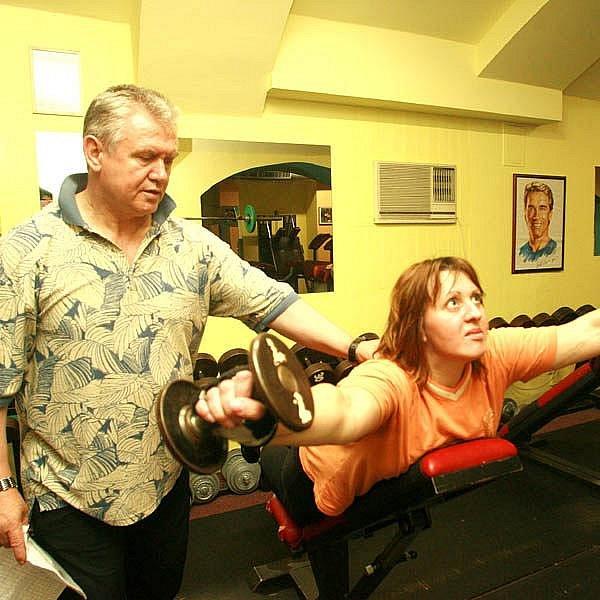 """Odbourávání tuků zajišťuje nejen perný trénink, ale i """"naordinované"""" spalovače tuků."""