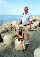 Vzácný okamžik: otec s dcerou na dovolené.