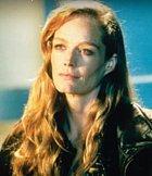Lizzy je vnučka Rose, která ji doprovází na loď Brocka Lovetta. Není o ní známo mnoho, jen, že je své babičce na blízku jak jen to jde.