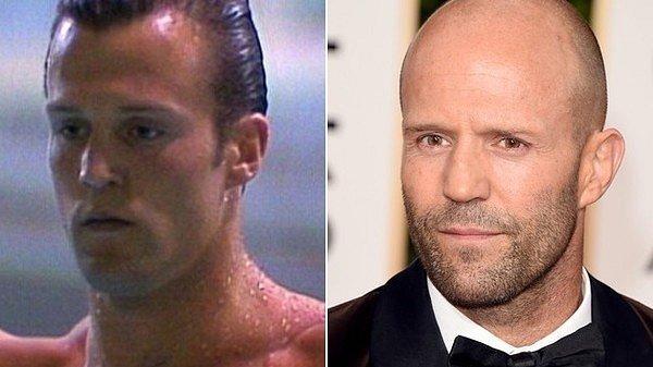 Jason Statham vypadal jako vlasatý mladík zcela jinak, než byste čekali.