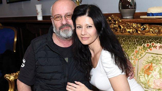 Pavlína Baburková s manželem Petrem Kratochvílem.