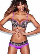 Chanel Iman je tváří značky Victoria's Secret.