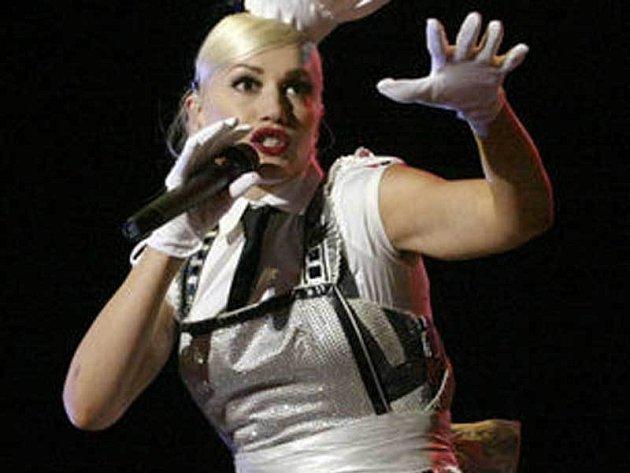 Gwen Stefani se bude muset na jeden večer uklidnit.