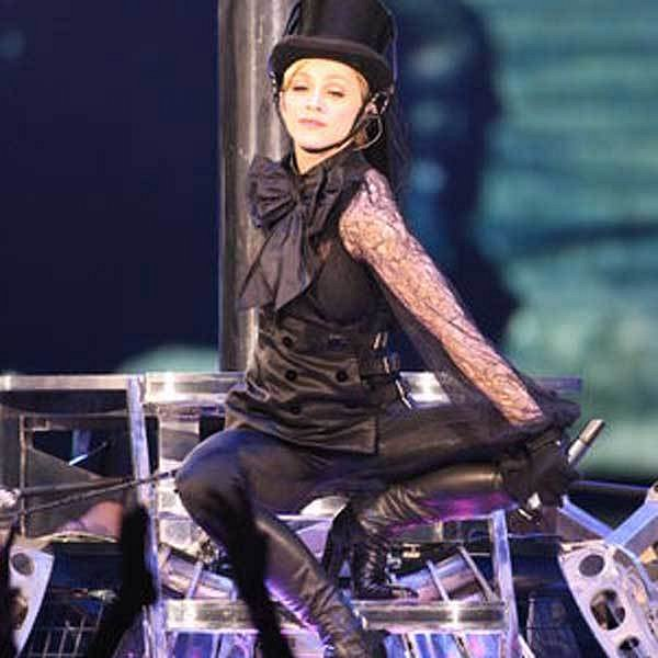 Madonna má sice skvělou figuru, ale některé postupy, které k tomu používá, jí mohou navždy zničit zdraví.