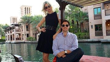 Karolína Kurková před pár dny s manželem v Dubaji
