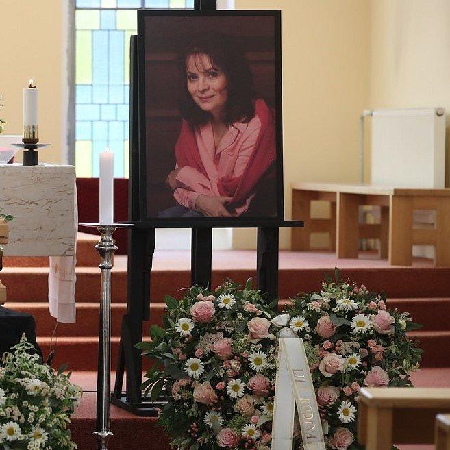 Pohřeb Libuše Šafránkové se konal v kostele sv. Anežky v Praze na Spořilově.