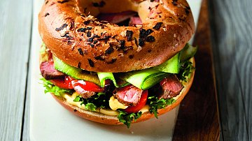 Originální sendvič shovězím steakem