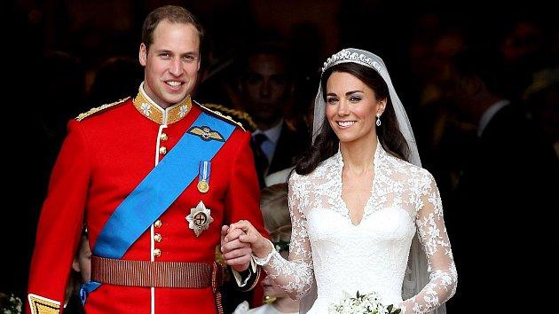 William a Kate na své svatbě