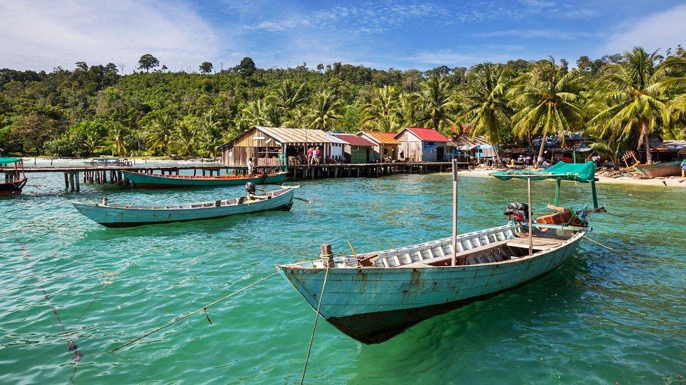 Nezapomenutelné zážitky, které ani moc nestojí. Taková je realita kambodžských ostrovů Koh Rong a Koh Rong Samloem.