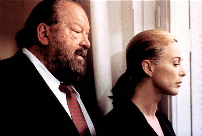 Vroce 1997 se objevil vešpanělském hororu Nadoraz. Nasnímku sLydií Bosch.