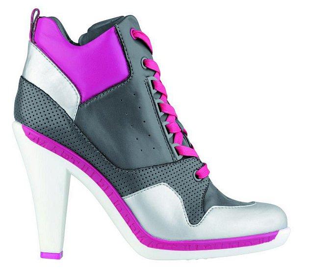 Extravagantní boty Baťa 1399Kč