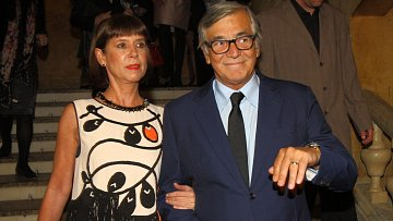 Oblíbený herec Jiří Bartoška s manželkou