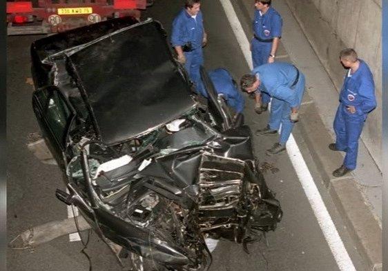 Auto, ve kterém zemřela Lady Di