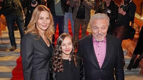 Charlotte se svými rodiči