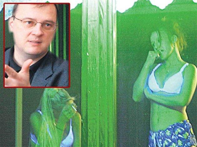 Ministr práce Petr Nečas může začít s počítáním prostitutek třeba v nevěstinci v Dubí.