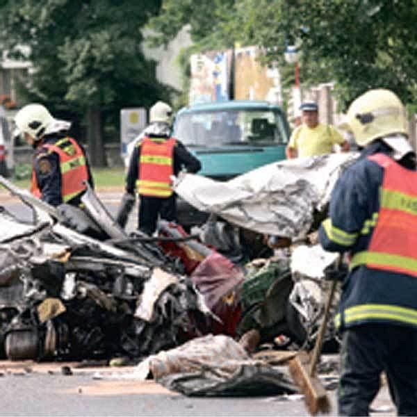 Nehoda v Kolíně skončila smrtí řidiče.