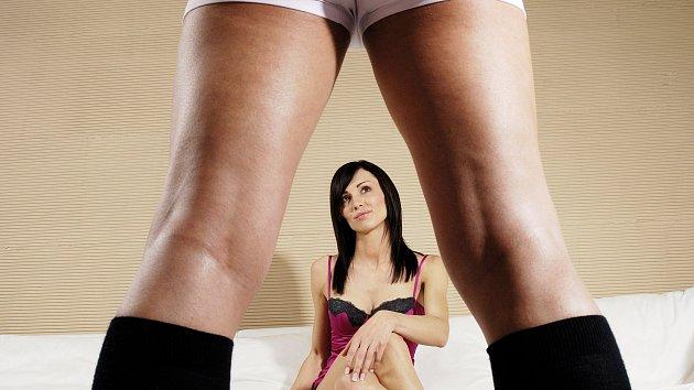 Chcete krásný a vášnivý sex s nádherným koncem? Zkuste vzít ponožky na milost.