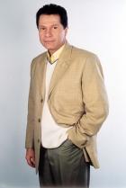 Flavio Caballero ztvárnil Juana Angela, manžela Olimpie a strýce Valentýny