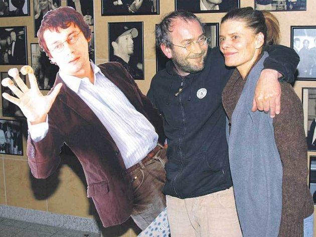 Zuzana Bydžovská, režisér Bohdan Sláma a Pavel Liška si natáčení užívali přesně čtyřicet dní.
