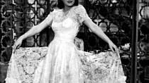 Adina byla módní ikona. Šaty pro ni šila Hana Podolská.