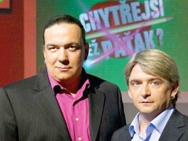 Moderátorská dvojka Michal Suchánek a Richard Genzer