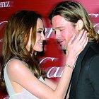 Angelina Jolie a Brad Pitt se konečně vezmou. Slavná dvojice prý na fotografiích ze svatby vydělá miliony.