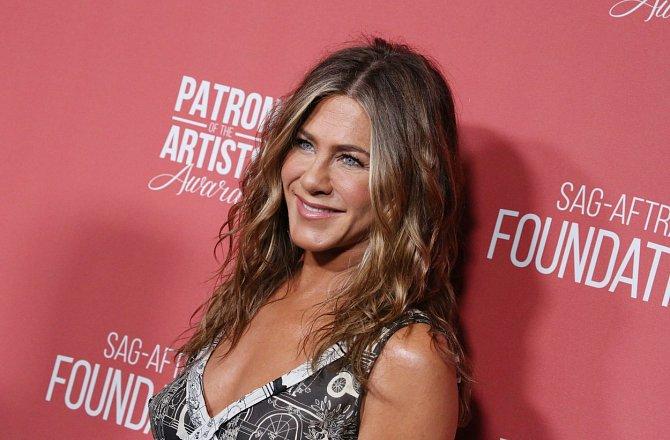 Jennifer Aniston byla dvakrát vdaná.